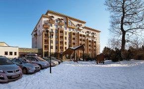 Hotel_SLOVAN_exteriér_zimný