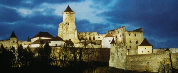 Podujatia-Hrad-Lubovna-v-noci