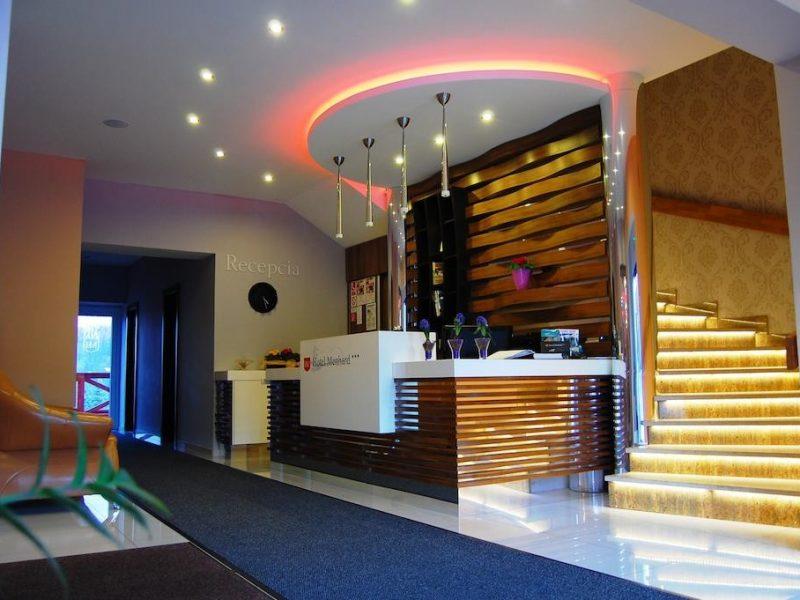 hotel-menhard-2_full