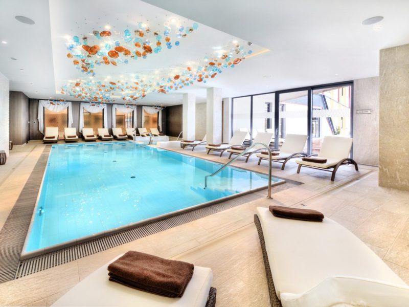 hotel-lomnica-bazen1