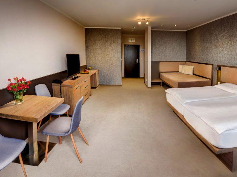 hotel-panorama-strbske-pleso 1