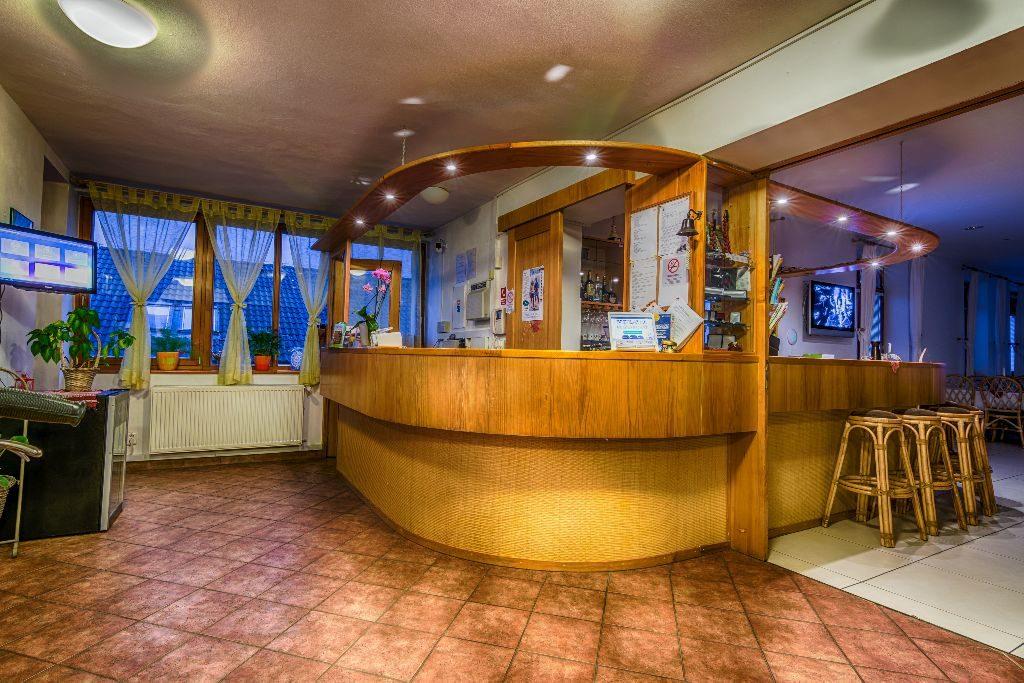 hotel villa siesta smokovec bar
