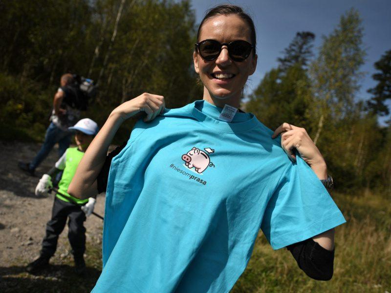 Speváčka Zuzana Smatanová podporila Svetový deň čistenia s iniciatívou #niesomprasa