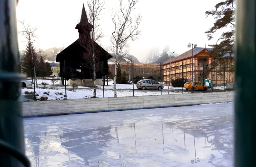 korcule lad dolny smokovec kostol